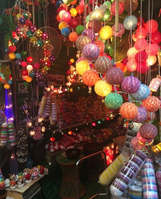 Chatuchuck market