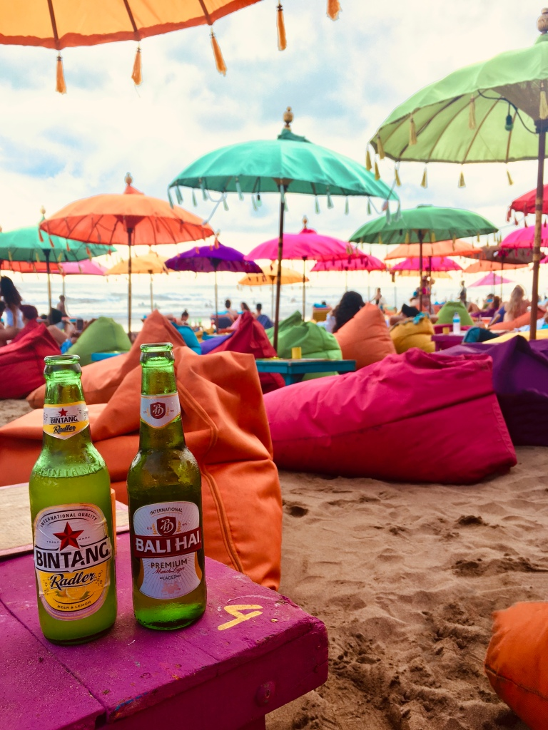 10 Days in Bali - Beers at Double Six Beach