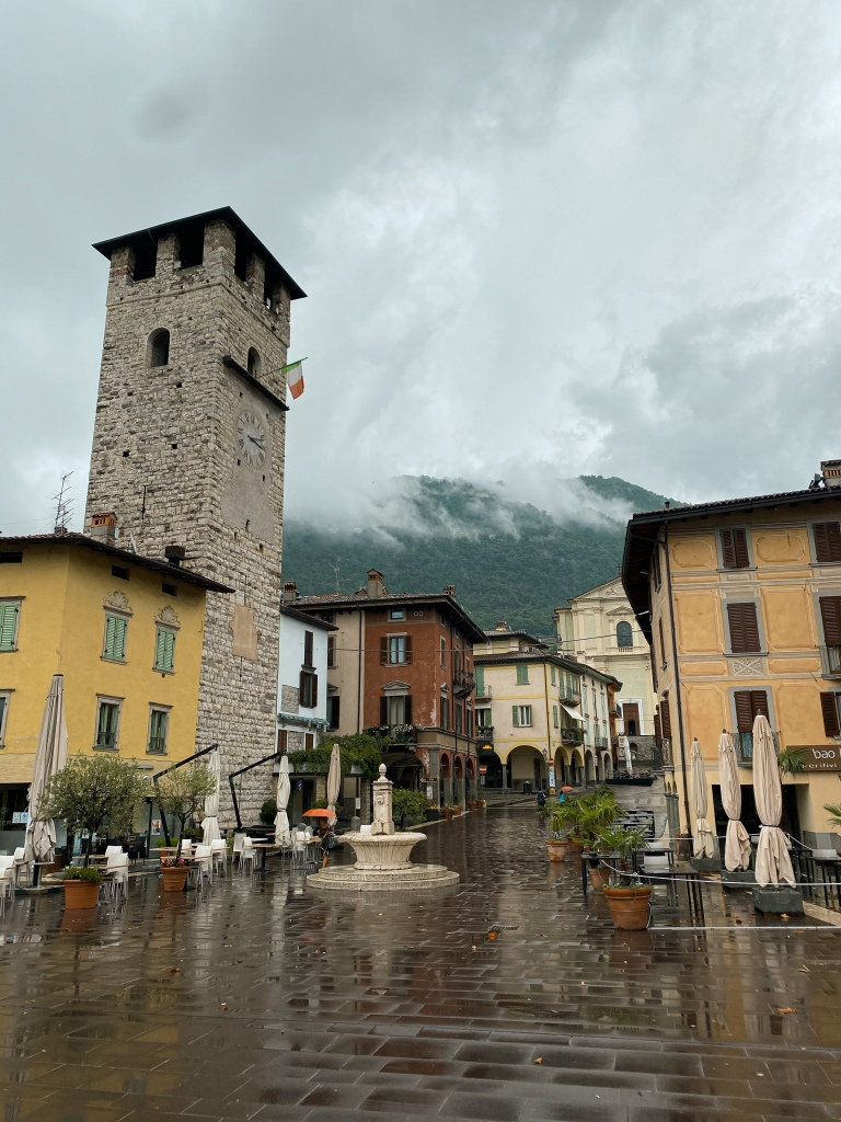 Pisogne Main Square - Lake Garda (Lago De Iseo)